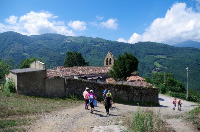 """Ruta: """"Baxo'l Camín Real Viiyu. De les villes altes a La Pola"""""""